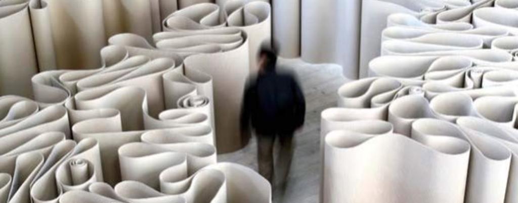 labirinto di carte burocrazia