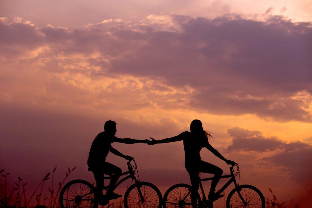 innamorati in bicicletta